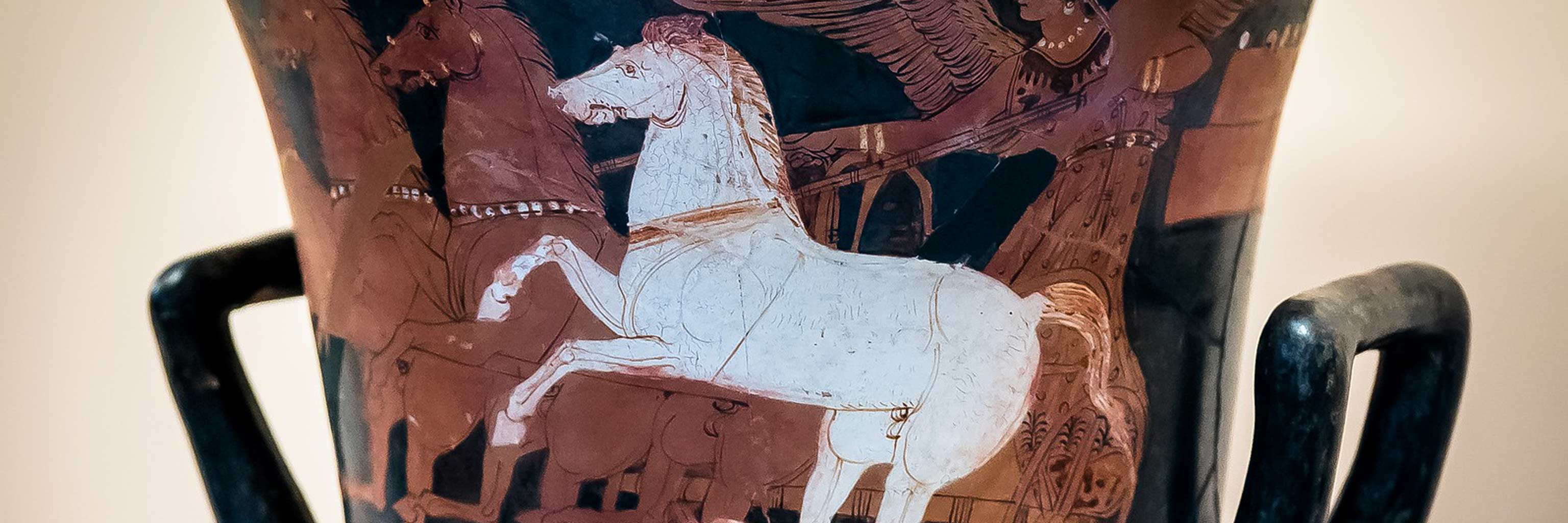 pottery of greek horses